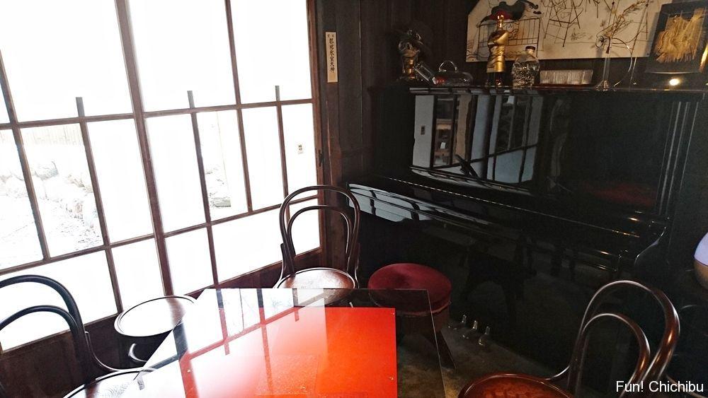 阿佐美冷蔵のピアノ