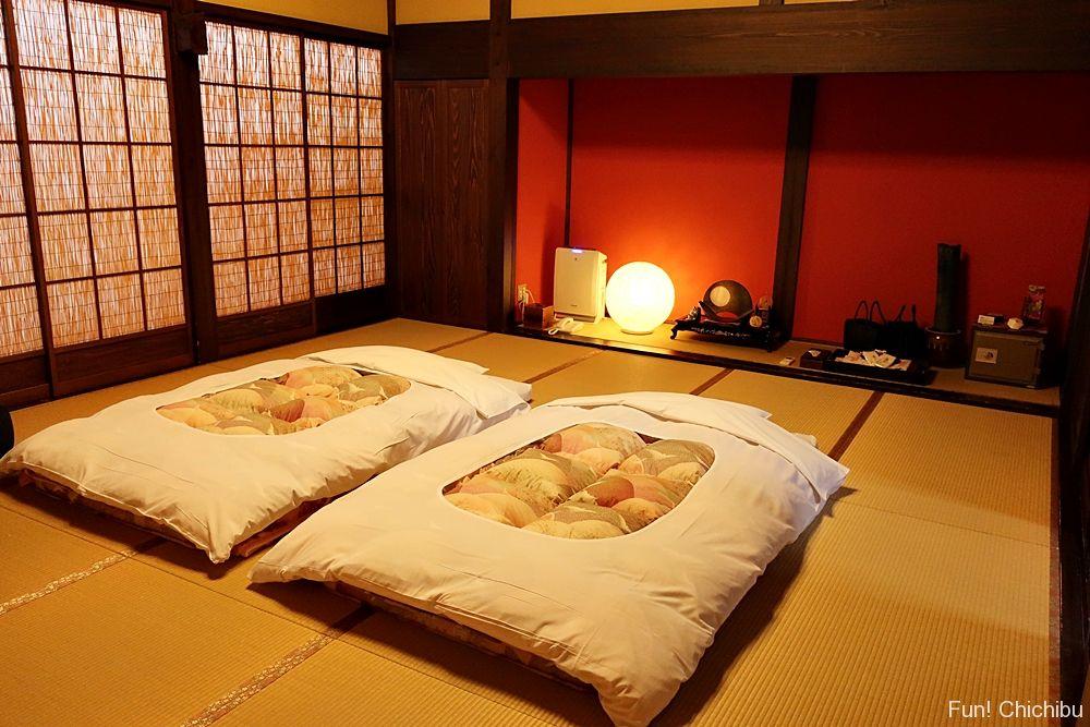 寝室の布団