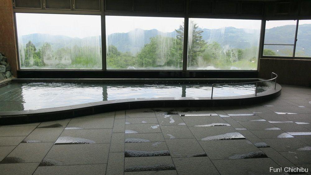 いこいの村ヘリテイジ美の山大展望浴場の天然温泉「熊さんの湯」