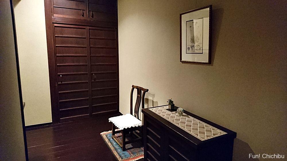 長生館客室入り口