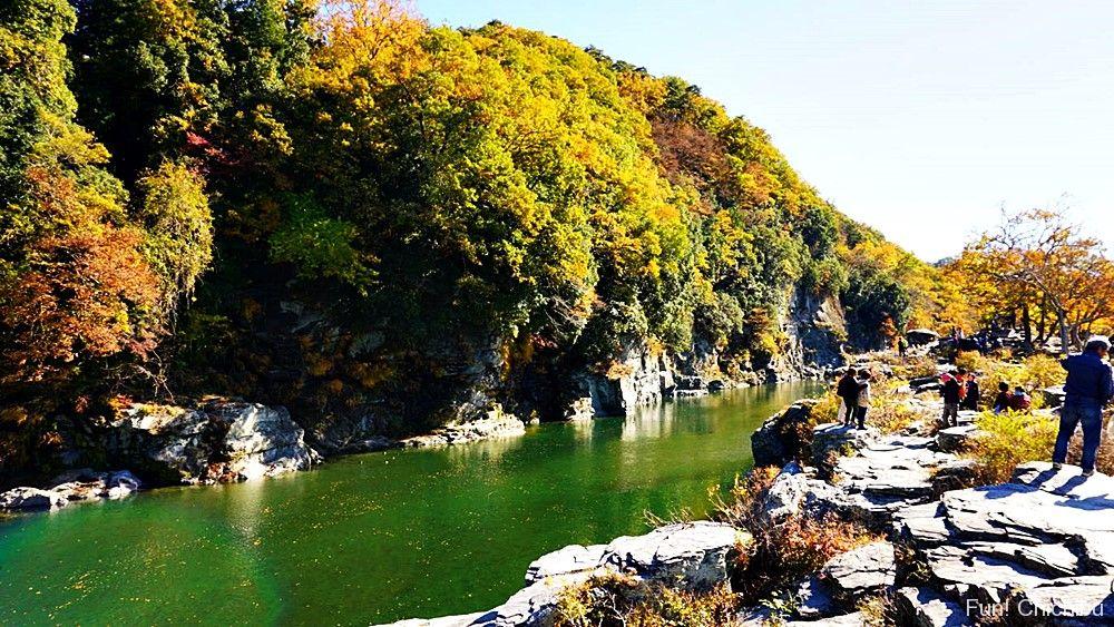 紅葉の岩畳