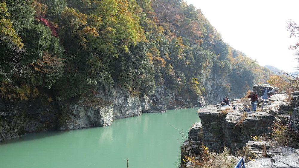 長瀞の岩畳と紅葉