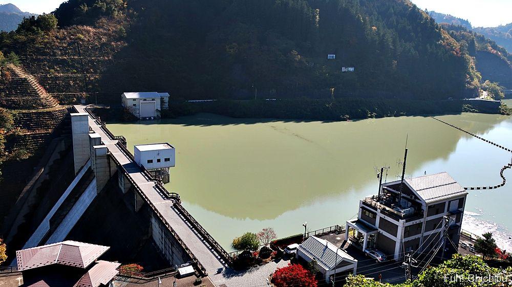 合角ダム展望台からの眺め
