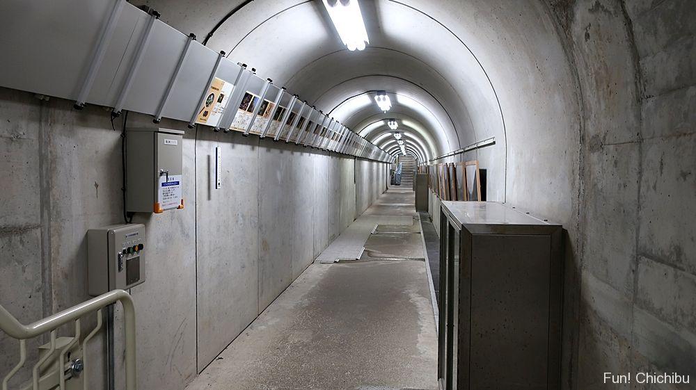 滝沢ダム監査廊