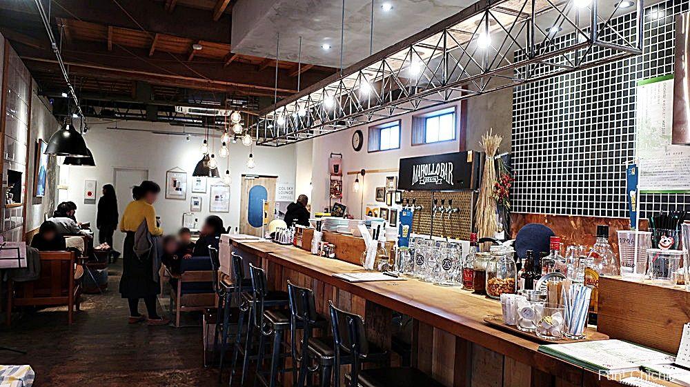 まほろカフェ・バル店内2