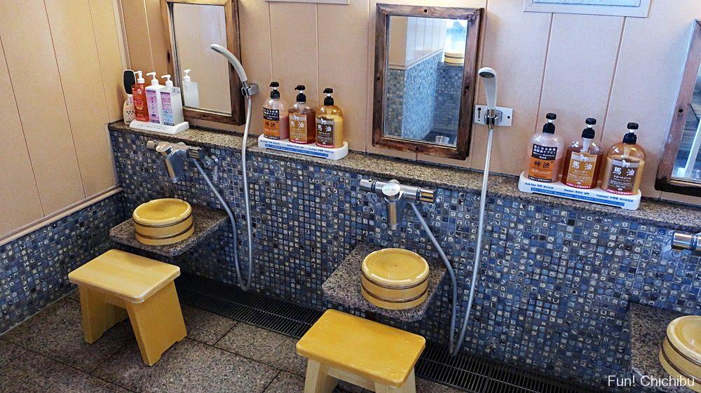 女湯露天風呂洗い場