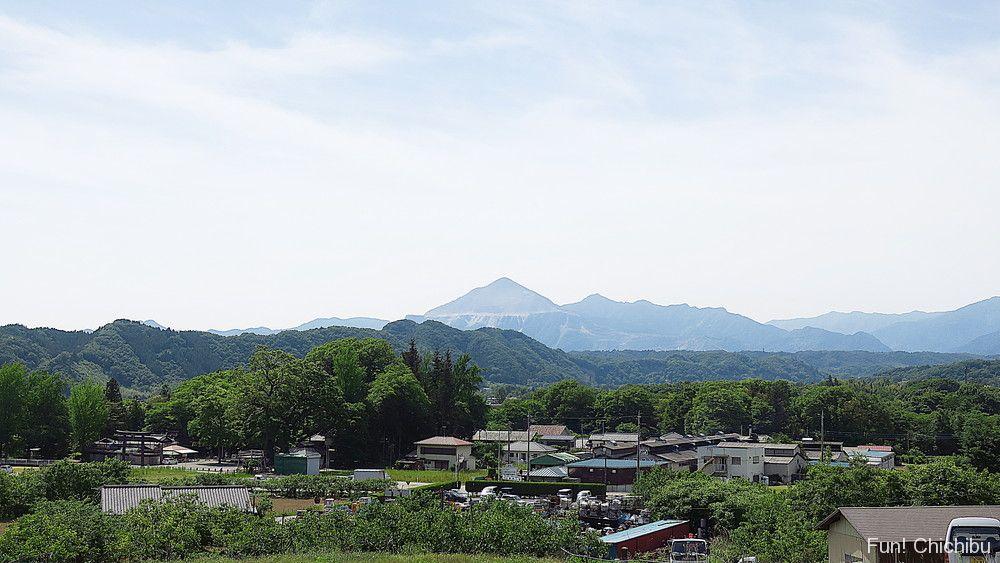 あの花 吉田風景と武甲山