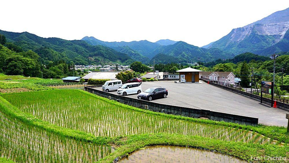寺坂棚田駐車場