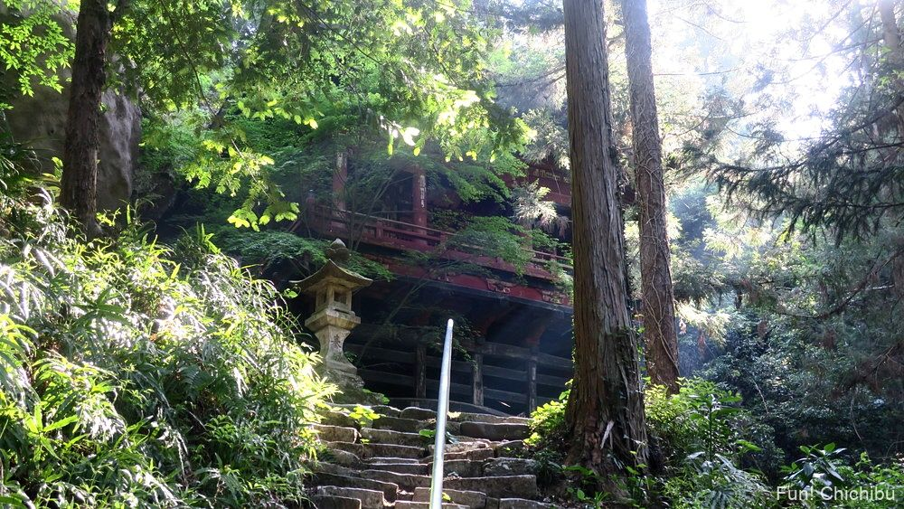 札所第26番岩井堂 石段からの眺め