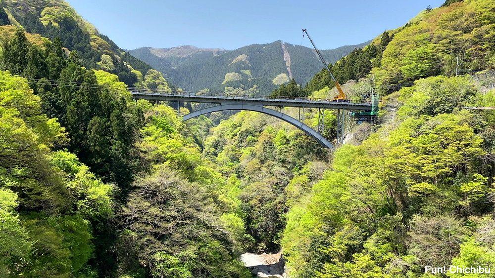 秩父ジオグラビティパーク キャニオンバンジー デッキからの眺め(三峯神社方面)