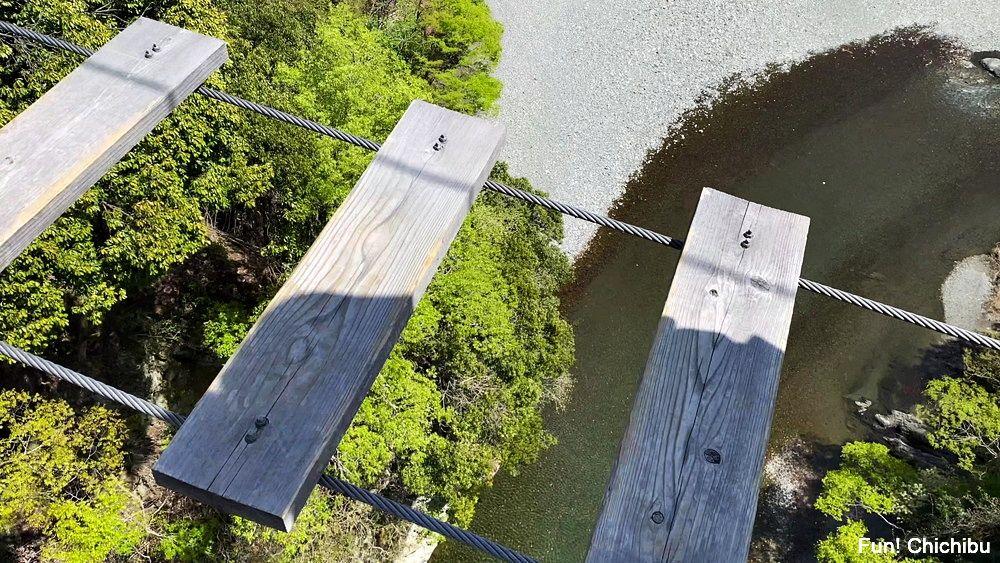 秩父ジオグラビティパーク キャニオンバンジー 帰りも吊り橋を渡る必要がある1